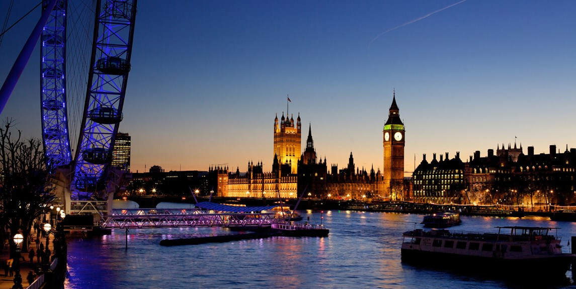england-london-thames-river-at-night.jpg