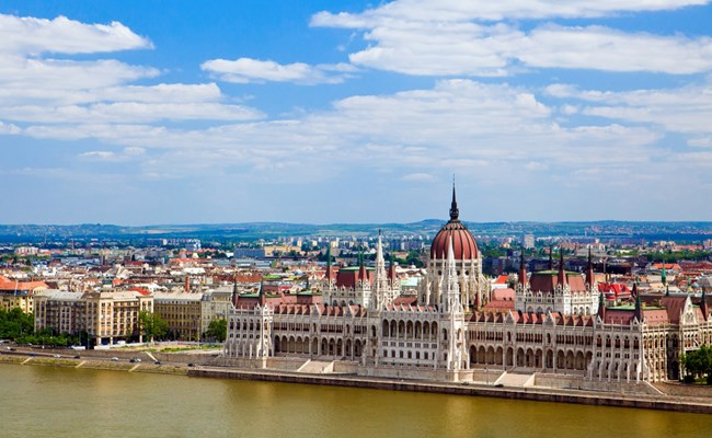5-Day Sightseeing Tour from Vienna to Budapest 2019