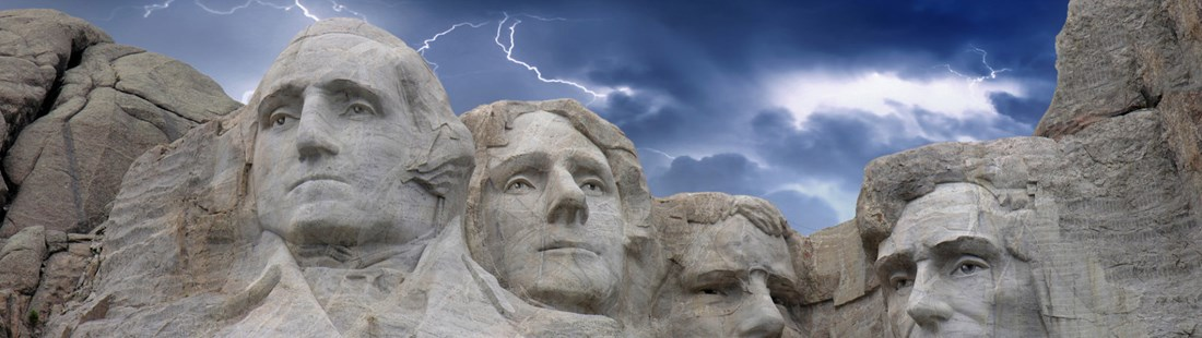 usa-south-dakota-mount-rushmore-lightning-sky.jpg