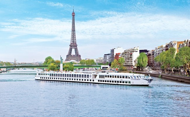 River Baroness, Paris