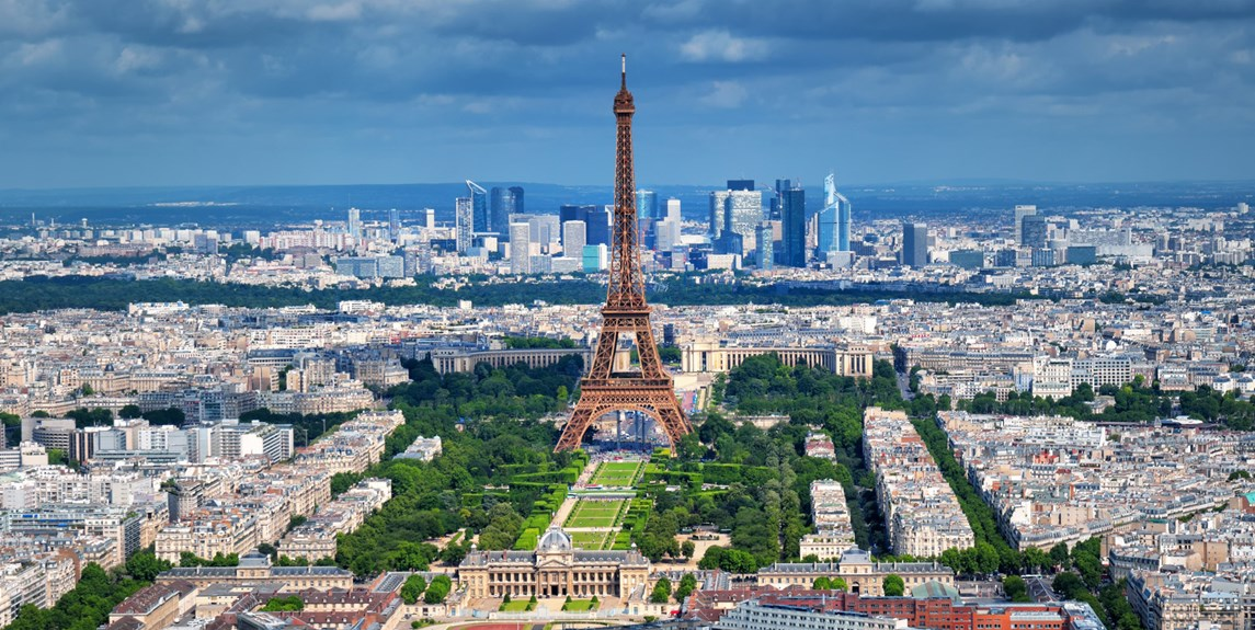 france-paris-eiffel-tower-in-center-of-city.jpg