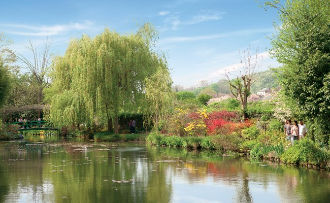 france-giverny-monet-lily-pond.jpg