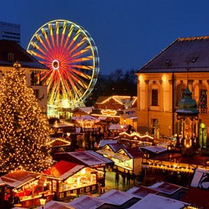 germany-christmas-market-at-night.jpg