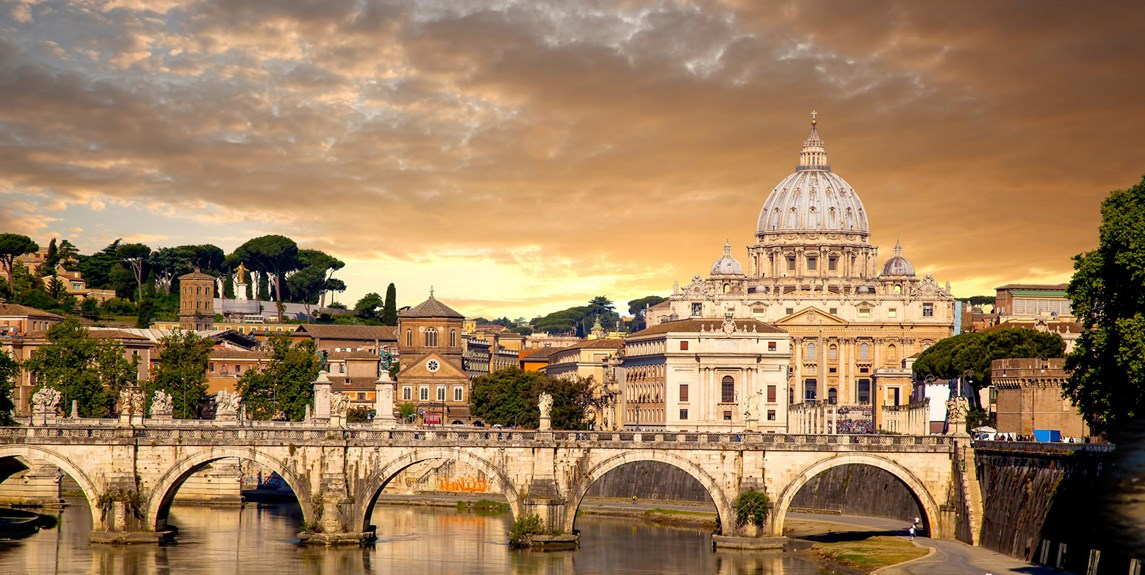 italy-rome-vatican-and-river-reflection.jpg