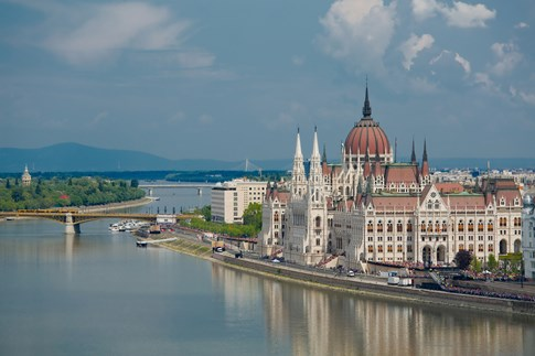 Parliament Building with Danube River, Budapest, Hungary