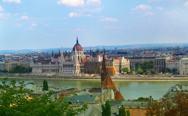 hungary-budapest-danube-river-with-parliament.jpg