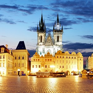 czech-prague-old-square-panoramic.jpg
