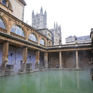 england-bath-roman-baths.jpg (1)