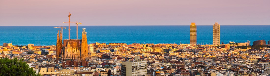 spain-barcelona-cityscape-with-pink-sky.jpg