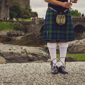 scotland-piper-and-kilt.jpg