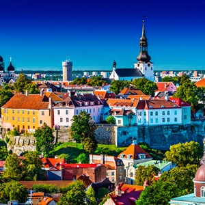 estonia-tallinn-city-bright.jpg
